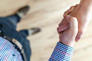 ניהול משא ומתן אפקטיבי לרכישת דירה להשקעה